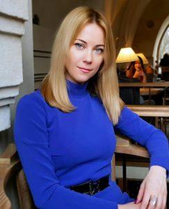 Олена Острініна